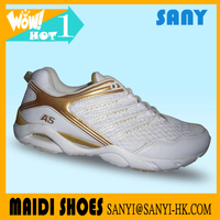 Newest Chinese Exported Luxury Golden Mens Flexible Running Shoes