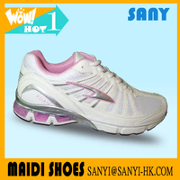 Hot Selling Stylish Elegant Pink Woman's Running Shoes with Fold-resistant Outsole