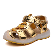 New Children light Shoes Boys Girls sandals 2018 New LED cute boys girls shoes Pu lighted flash children sandals glowing boys girls Beach shoes