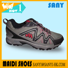 China Hot Selling Multicolor Wear Resistant Hiking Running Shoe for Men