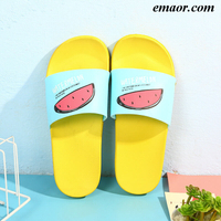 Adult Cartoon Pattern Sandals Kawaii Bathroom Slippers Are Non-slip Waterproof Quick-drying Breathable Family Slippers Babouche Color Flat Sandals